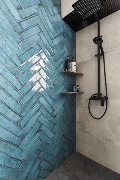 Bathroom Tile Designs, Bathroom Interior Design, Bathroom Ideas, Colourful Bathroom Tiles, Blue Bathroom Tiles, Wall Tiles, Small Bathroom Paint, Cement Tiles, Blue Tiles