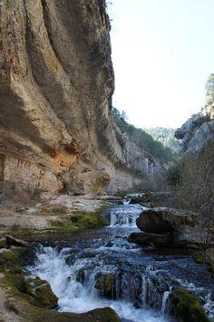 Nacimiento Río Pitarque, Aragón, Spain