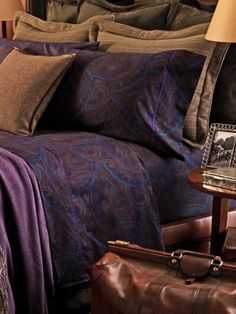 Absolutely LOVE this bedspread- Ralph Lauren Home<3