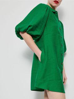 Сукня з об'ємними рукавами, RESERVED, ZO223-77X