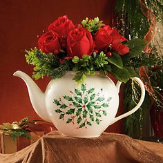 Holiday Teapot with Arrangement - I love to use teapots as vases - such a lovely table centerpiece.
