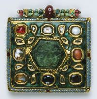 Navaratna Pendant, India, 18th or early 19th century. Collection of the Philadelphia Museum of Art, http://www.philamuseum.org