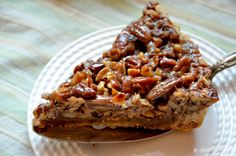 Caramel Pecan Tart, perfect for Thanksgiving! #glutenfree
