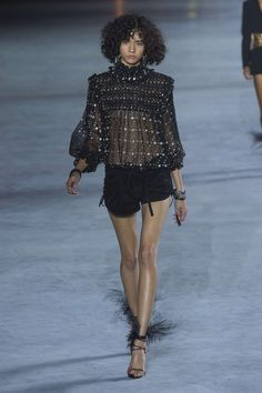 Saint Laurent, Print