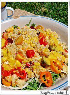 Brujita en la Cocina: Ensalada de quinoa y frutas #Ponunaensalada en tu verano 2015