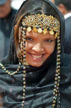 COSTUME PLANET: Western Sahara, Melhfa : Sahrawi Traditional Clothing