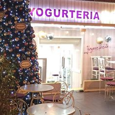 "@yogurteritirana's photo: ""Christmass time ❄️☃❄️☃❄️❄️❄️ @yogurteritirana #yogurteria #christmastree"""