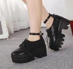 Black Chunky Heel Platform Shoes by ana9112