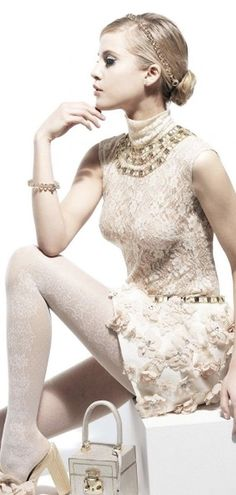 """""""A girl should be two things: classy and fabulous"""" Coco Chanel"""". Runway Fashion, Fashion Beauty, Womens Fashion, She's A Lady, The Blushed Nudes, Beige, Classy And Fabulous, Flower Fashion, Formal Dresses"""