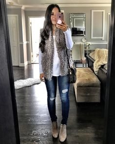 Flat Lays Come To Life Fall denim outfit Casual Winter Outfits, Winter Fashion Outfits, Look Fashion, Fall Outfits, Autumn Fashion, Womens Fashion, Fashion 2016, Holiday Outfits Women, Fashion Vest