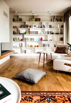 Eclectic Contemporary Apartment with Ethnic Touch eclectic contemporary apartment fireplace Home Library Design, Home Design, Home Interior Design, Library Ideas, Interior Paint, Home Living Room, Living Room Designs, Living Room Decor, Living Room White Walls