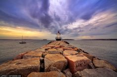 South-Portlands-Spring-Point-Ledge-Lighthouse-in-Maine.