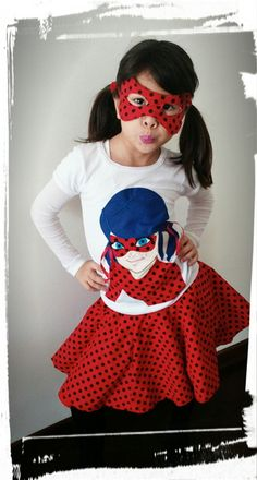 Conjunto ladybug  Nova sensação entre as meninas Miracolous  Baby look em algodão manga curta  Saia em algodão  Acompanha máscara  Camiseta feita toda em tecido(patchwork)  Tamos 4,6,8,10 12  Peça medidas por mensagem  Aguardamos sua compra!  Obrigada