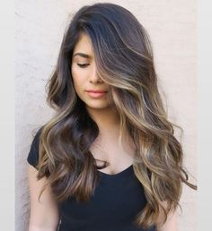 You might have heard the old expression about your hair being the crowning glory of your appearance. Either way, if you are looking for tips on how to style wavy hair, it is because yo… Ombré Hair, Dye My Hair, Hair Dos, Hair Color Dark, Dark Hair, Brown Hair Inspiration, Partial Balayage, Wavy Haircuts, Hairstyles