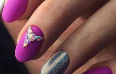 Uñas redondas decoradas, imagenes de uñas redondas decoradas. Clic y Síguenos,  #uñasdecolores #corunhas #uñasconbrillo Nails, Funny, Beauty, Round Nails, Nailed It, Colorful Nails, Fingernail Designs, Finger Nails, Ongles