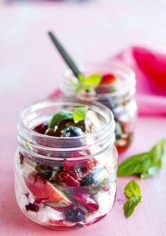 Marja-hedelmäsalaatti, Berry fruit salad - Ruoka.fi