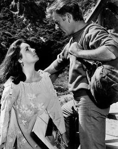 Liz and Dick on the set of 'The Sandpiper,' 1965. (Photo: Wikimedia Commons)