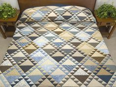 Lady of the Lake Quilt -- superb cleverly made Amish Quilts from Lancaster (hs6361)