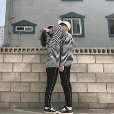 Image about love in ulzzang by 지인 on We Heart It Ulzzang Couple, Ulzzang Girl, Korean Best Friends, Couple Aesthetic, Summer Aesthetic, Aesthetic Fashion, Korean Ulzzang, Layered Fashion, Korean Couple