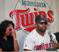Minnesota Twins Kirby Puckett- I remember this press conference... It was so sad