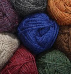 Wool of the Andes Worsted Yarn - 100% Peruvian Highland Wool Worsted/Hvy Worsted Knitting Yarn, Crochet Yarn and Roving