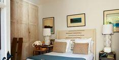François Catroux home - ELLE Decor Playroom Design, Playroom Decor, Small Room Bedroom, Small Rooms, Bedroom Ideas, Kitchen Dining Sets, The Home Edit, Built In Desk, Minimalist Bedroom