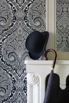 Shop the Nina Campbell collections direct from the world-renowned interior designer. Luxury fabrics, wallpapers, accessories, carpets & home fragrance. Nina Campbell, Fabric Wallpaper, Of Wallpaper, Wallpaper Ideas, Wallpaper Designs, Textured Wallpaper, Medallion Cabinets, White Cottage, Cozy Cottage
