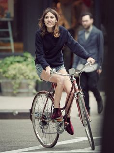 Dear Fashion Diaries: Alexa Chung riding her bicycle, May 14