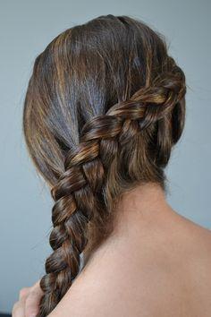 New hair goals long plaits Ideas Box Braids Hairstyles, My Hairstyle, Hairstyle Ideas, Wedding Hairstyles, Katniss Braid, Katniss Everdeen Hair, Super Hair, Cornrows, Hair Hacks