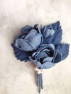 Denim rose brooch denim wedding roses denim by denimFlowers Blue Jean Wedding, Indigo Wedding, Rose Wedding, Denim Wedding Dresses, Jeans Wedding, Denim Flowers, Fabric Flowers, Corsage, Bandeau Rose