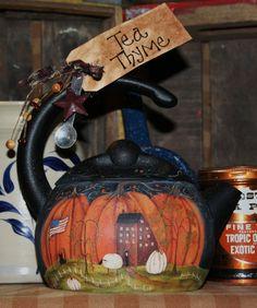 painted tea pot    http://www.theoldcupboarddoorblog.com/2010/07/autumn-thyme-teapot.html