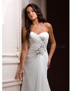 Elegant A-line Chiffon Sweetheart Ruched Applique Wedding Dress