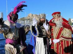 Nadal: Viu les festes d'Alacant - ALICANTE City & Beach Alicante, City Beach, Anime, Fiestas, Word Reading, Anime Shows