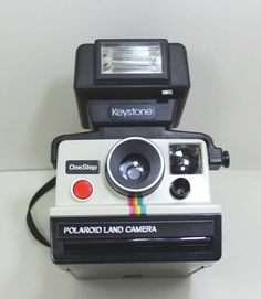 Vintage Polaroid One Step Instant Film Land Camera With Keystone Flash Vintage Polaroid, Vintage Cameras, Polaroid One Step, Vintage Movies, Back In The Day, First Step, Film, Store, Ebay