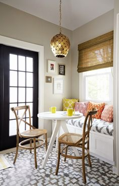 Small Dining Room Design Ideas If you are one of the numerous individuals who like the modern style, you will choose this style. The dining room Style At Home, Home Design, Interior Design, Design Ideas, Small Dining, Dining Corner, Home And Deco, Interior Exterior, Room Interior
