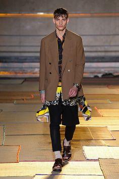 Cerruti 1881 Paris   Spring 2015 Menswear Collection   Style.com