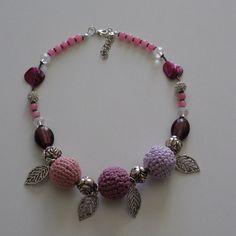 cotton rose necklace by Filidigiugno on Etsy ...crochet inspiration ONLY...