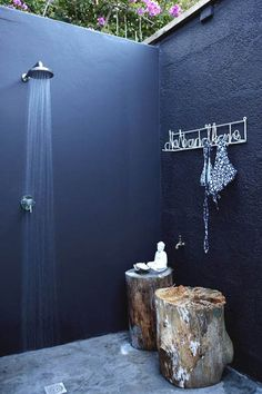 Outdoor Shower - Repinned by Anna Marie Fanelli - www.annamariefanelli.com