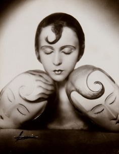 "Atelier Manassé.  Portrait : Inge Borg with her two ""selfs"". circa 1929. Some how, makes me think of those rare artistic ""portrait boudoir dolls"" and hat stands with portrait heads of their owners from the 20's."