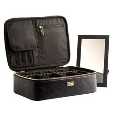 click this link https://www.joyus.com/t/bLPn1fdcpA Great solution. Cosmetics Case with Drawer