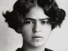 Frida kahlo - reminds me of Beyoncé somehow - beautiful