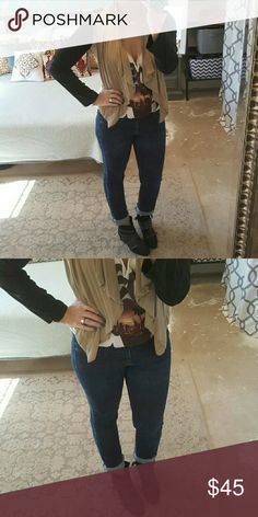 """J. Crew Matchstick Skinny Jeans I am selling a sexy and sleek pair of dark wash, J. Crew jeans.  These are the """"matchstick skinny"""" fit which may as well ne painted on jeans, but boy, oh boy so they make you look very lean.  Excellent condition size 27 with a J. Crew Jeans Skinny"""