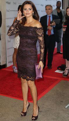 Penélope Cruz in 'little lace dress' by Michael Kors Fall Wedding Attire, Zara, Michael Kors, Glitz And Glam, Emilio Pucci, Star Fashion, Boho Chic, Lace Dress, Formal Dresses