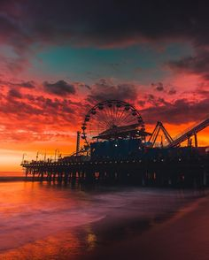 """cursing-wookiee: """"lsleofskye: """"Santa Monica, California """" Erica Kruk-heart this is where I wanted to take you but didn't have enough time 🙁 """" Ahhhh! Amazing Photography, Landscape Photography, Nature Photography, Photography Tips, Photography Backgrounds, Christmas Photography, Photography Lighting, Contemporary Photography"""