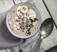 A dreamy banana smoothie that has some serious nutritional cred.