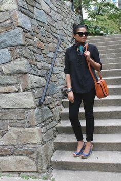 MONDAY MOOD - ALL BLACK, monochromatic, gap jeans, J crew blouse, silk scarf