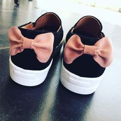 Leather slip on sneakers with bow! Feel the love by Rena Xenou