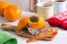 De både smaker godt og er morsomme å lage. Muffinsene får et hint av appelsin fra appelsinskallet og spises med skje.Garantert et høydepunkt på turen! Cantaloupe, Plum, Muffins, Flora, Fruit, Cooking, Mad, Kitchen, Muffin