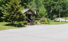 BEAUTIFULLY WOODED LOT WITH YEAR ROUND MOUNTAIN VIEW ON PAVED ROAD IN GATED WALNUT MOUNTAIN. AMENITIES INCLUDE: 3 STOCK FISHING LAKES, OLYMPIC POOL, CLUBHOUSE, HIKING TRAILS, TROUT FISHING IN TURNIPTOWN CREEK AND PICKNICK AREA ON TURNIPTOWN CREEK. BRING ALL OFFERS