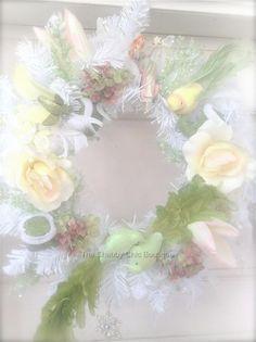 Shabby Hamptons Yellow & Green Bird Christmas Display Wreath French Vintage Chic